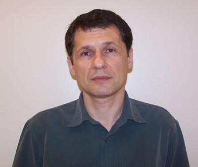 Nanoscale Interdisciplinary Research Team Principal Investigator Andrey Chabanov.