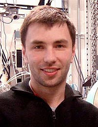 Oleg G. Shpyrko has received the 2008 Rosalind Franklin Young Investigator Award from the Advanced Photon Source Users Organization.