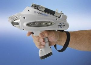 At FABTECH, Bruker will also demonstrate its new high performance TRACERturbo(SD) handheld XRF analyzer (Business Wire: Photo)