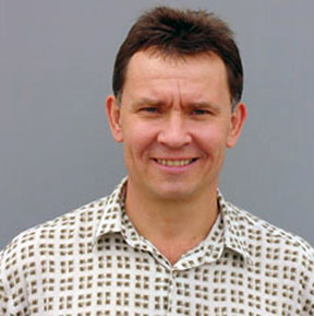 Los Alamos National Laboratory researcher Victor Klimov