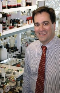 Northwestern University Professor Wins $500,000 Lemelson-MIT Prize for Revolutionary Discoveries in Nanotechnology Northwestern University professor and director of the International Institute for Nanotechnology, Chad Mirkin, pictured, has been awarded the 2009 $500,000 Lemelson-MIT Prize. Mirkin, the third most cited chemist in the world, was recently selected to serve on President Obama�s Council of Advisors on Science and Technology and is a leading expert on nanotechnology. His nanotechnology-based assays hold promise in revolutionizing point-of-care medicine and medical diagnostics. Photo courtesy of Northwestern University�s International Institute for Nanotechnology. (Business Wire: Photo)