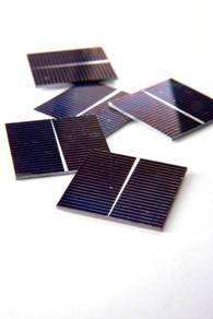 Thin-film epitaxial silicon solar cells