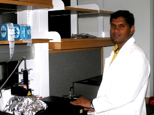 Dr. Balaji Sitharaman, Assistant Professor of Biomedical Engineering at Stony Brook University, received the 2010 National Institutes of Health (NIH) Director�s New Innovator Award. The $1.5 million NIH Grant will be used for laboratory research on the use of a nanotechnology-based method to diagnose and treat bone loss.