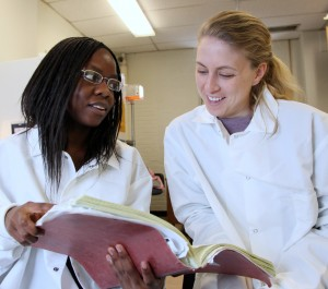 Maureen Wanjara and Laura Dickinson, Johns Hopkins INBT predoctoral students from Sharon Gerecht's lab (Photo: Marty Katz)