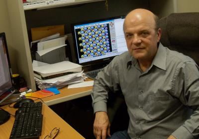 Sergey Stolbov works in his lab at UCF.
