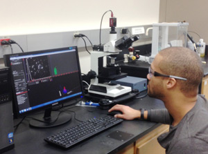PhD student, Andre James, from the Driskell group at Illinois State University uses the NanoSight NTA system