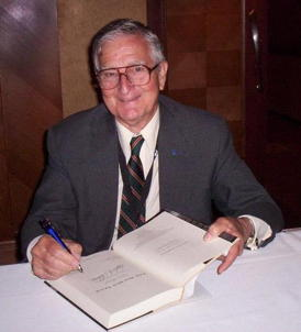 Fred Ordway at the 2011 NSS International Space Development Conference for a special book signing