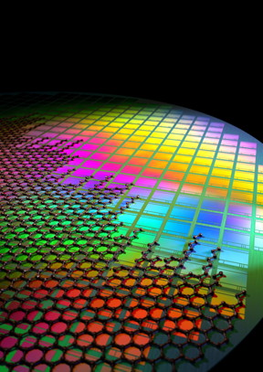 This is graphene integrated onto CMOS pixels. CREDIT Fabien Vialla
