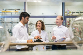 An interdisciplinary research team at the Technical University of Munich (TUM) has succeeded in optimizing the size of platinum nanoparticles for fuel cell catalysis so that the new catalysts are twice as good as the currently best commercially available processes. The picture shows the first authors: Dr. Batyr Garlyyev, Kathrin Kratzl, and Marlon Rueck (f.l.t.r.).